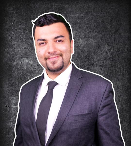 Moe Bakhtiari